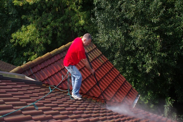 clay tile roofs getting cleaned